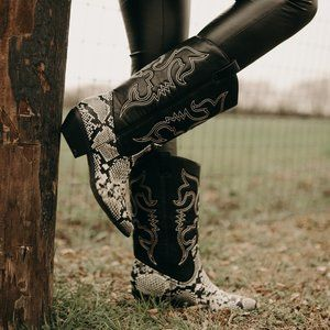 SNAKESKIN COWGIRL BOOTS